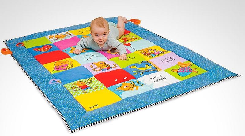 alfombra acolchada para bebe